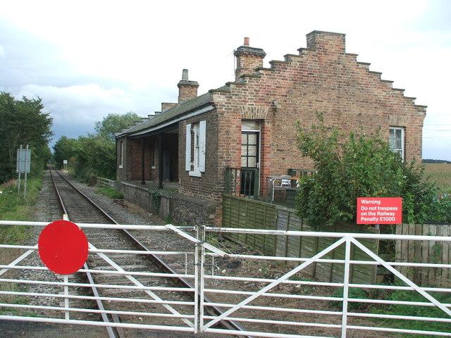 Crakehall railway station (site), © Nigel Thompson cc-by-sa/2.0