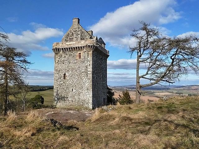 Fatlips Castle restored (2013)