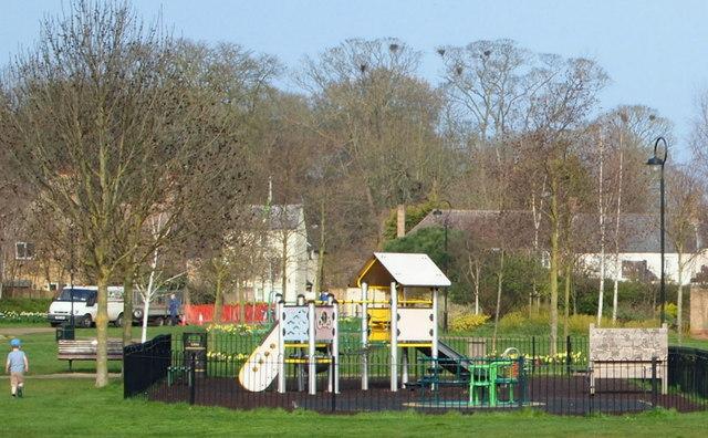 Jubilee Gardens Ely ile ilgili görsel sonucu