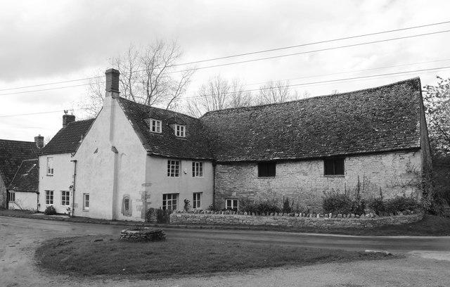 Church Farmhouse, Hawkesbury, © Ray Bird cc-by-sa/2.0