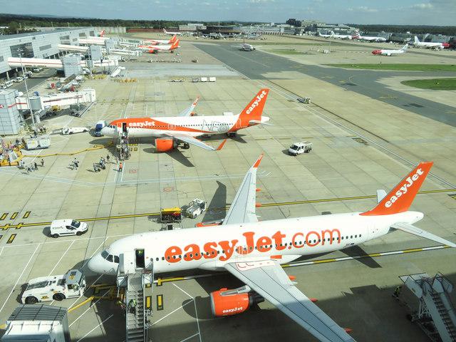 Bildresultat för london gatwick airport