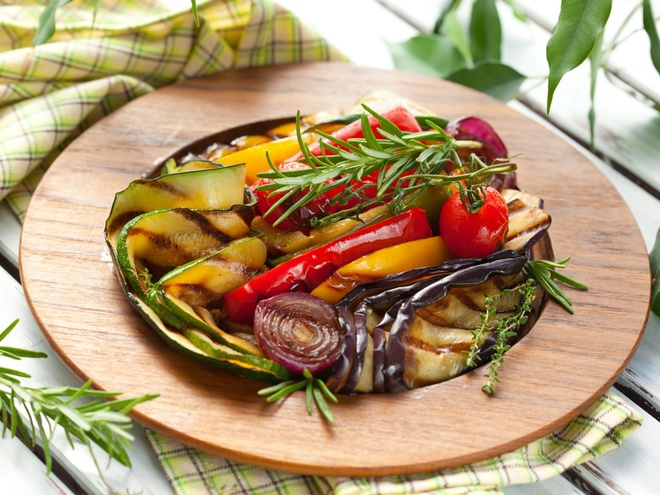 107909 shutterstock 79562266 - Menu outdoors: TOP 5 recipes of barbecue