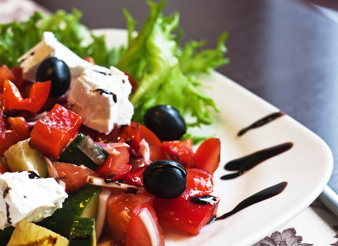 0a8 depositphotos 6481085 m 2015 - Greek salad: recipe with citrus