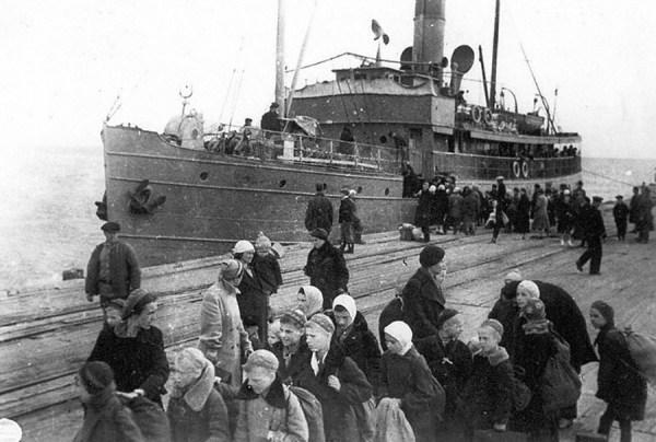 Хроники ужаса: редкие фото из блокадного Ленинграда - ЯПлакалъ