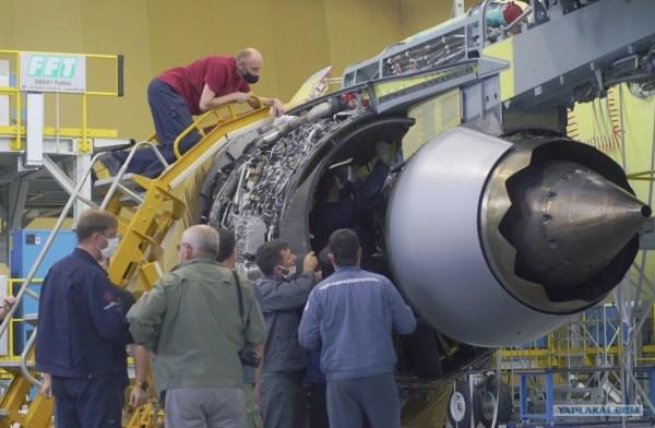 Первая установка двигателей ПД-14 на самолет МС-21-310 ...