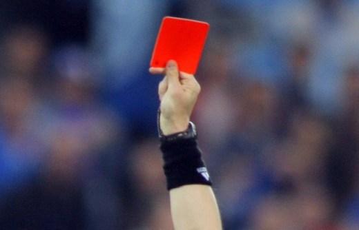 Осторожно, газы: шведский футболист получил красную карточку за метеоризм