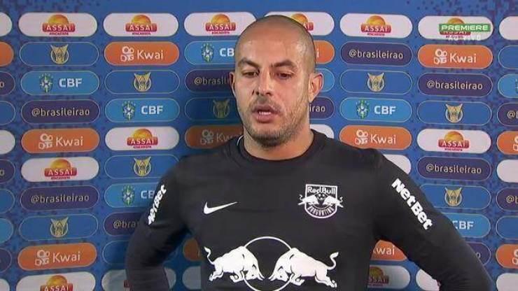 """Autor dos três gols do Bragantino, Ytalo fala sobre senso coletivo da equipe: """"Tem que funcionar para sair o melhor jogo de cada um"""""""