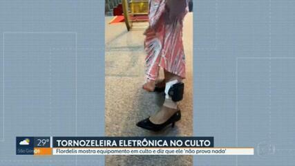 Flordelis mostra tornozeleira eletrônica durante culto no RJ   Rio de  Janeiro   G1