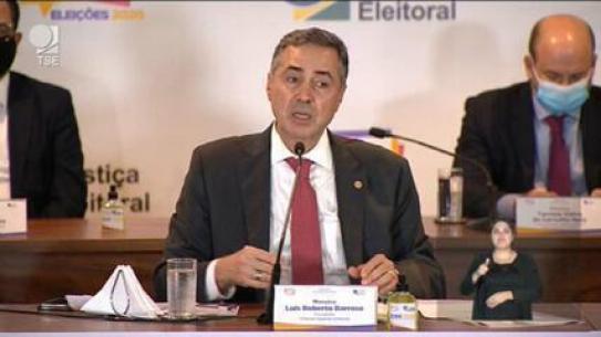 Ataque teve origem em Portugal; urnas não são vulneráveis, diz Barroso