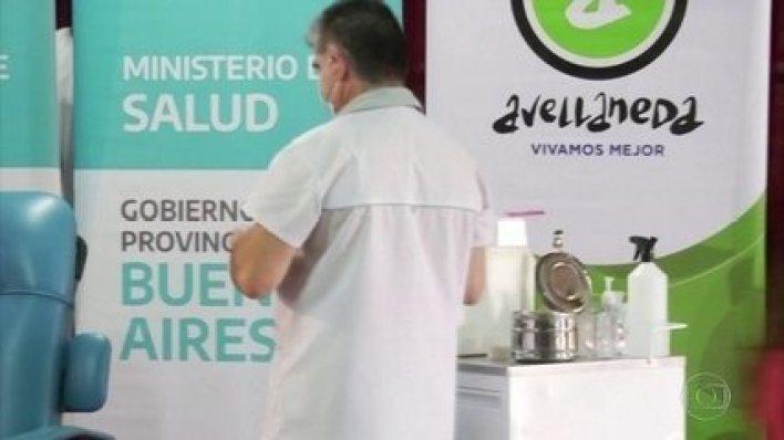 Argentina começa a vacinação contra a covid