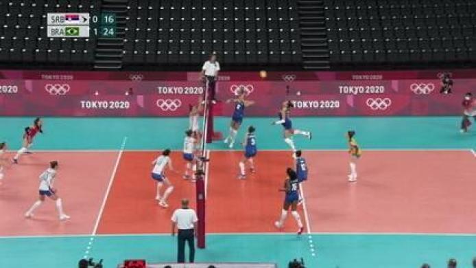 Tandara voa do fundo de quadra, e Brasil fecha o 2º set em 25/16 - Olimpíadas de Tóquio