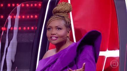 Gaby Amarantos chooses who follows on 'The Voice Kids'
