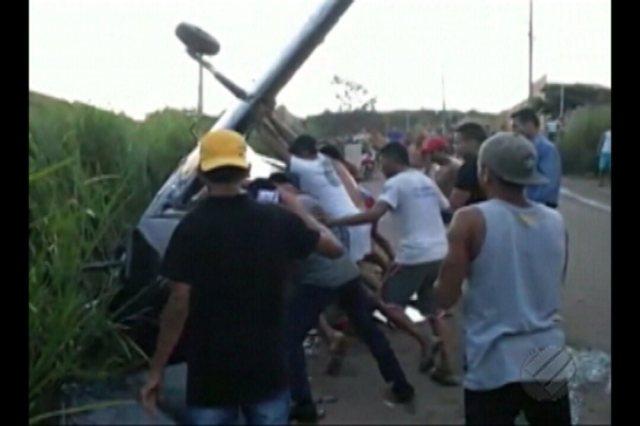 Duas pessoas ficaram feridas em queda de avião monomotor em Parauapebas