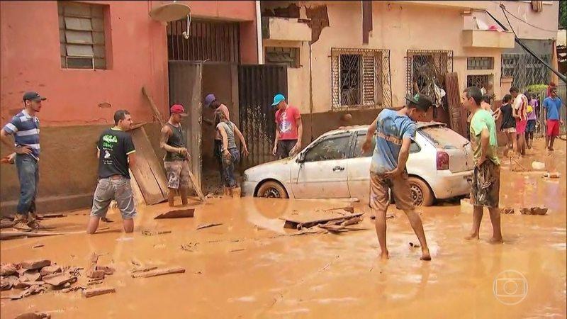 Quatro pessoas morrem e três ainda estão desaparecidas por causa da chuva em Minas