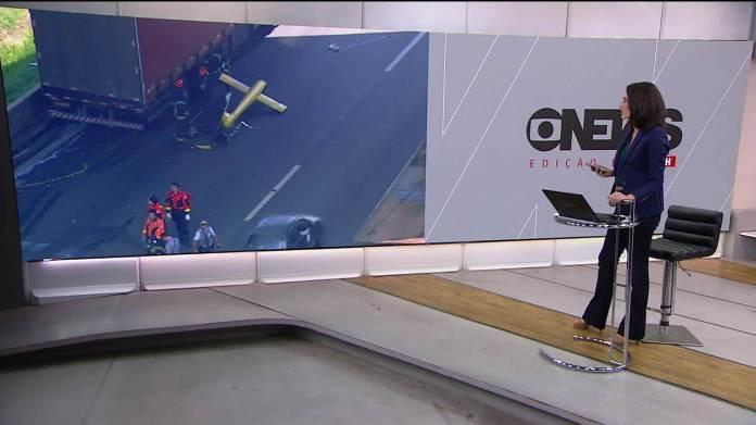 Helicóptero cai na Zona Oeste de São Paulo