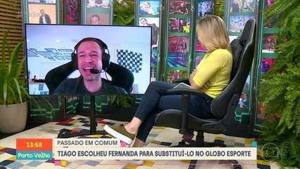 Tiago Leifert gets a special 'Se Joga' gift