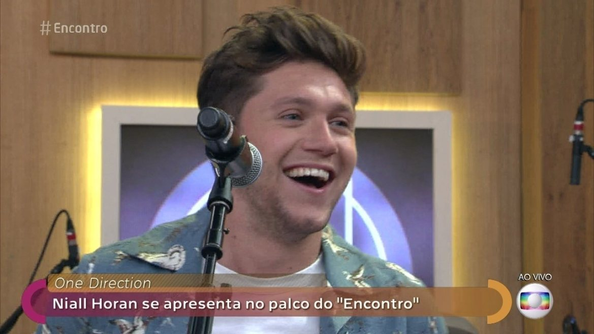 Niall Horan canta 'Slow Hands'