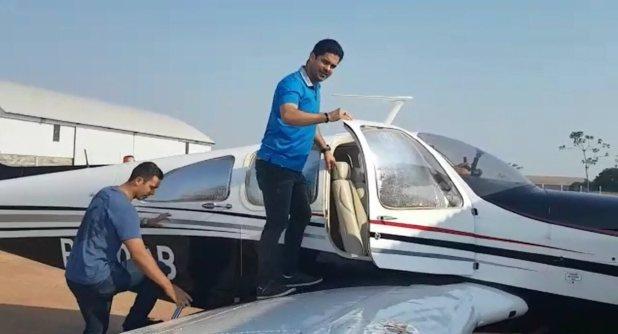 Pai gravou embarque de médico e outros dois mortos em queda de avião