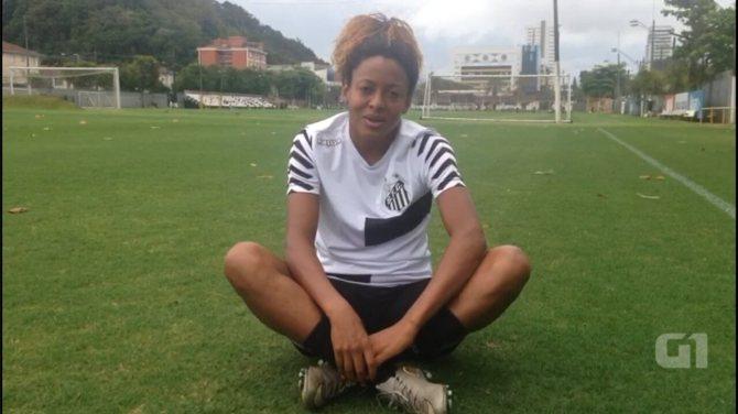 Campanha para ajudar família de jovem em coma mobiliza jogadoras de futebol