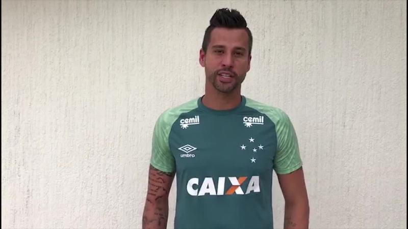 Goleiros mandam mensagens para filho de Danilo, morto no acidente da Chapecoense