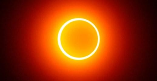Resultado de imagen para eclipse anillo de fuego
