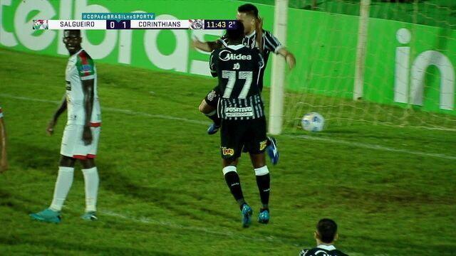 Gol do Corinthians! Fagner cruza, Mateus Vital ganha no alto e bola sobra para Ramiro, que fuzila e amplia, aos 11 do 2º tempo