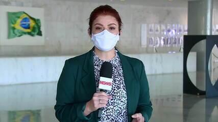 Celso de Mello envia à PGR três notícias-crimes contra Bolsonaro