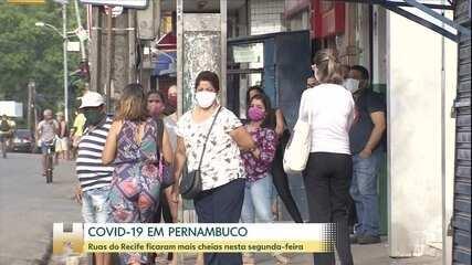 Ruas do Recife ficam mais cheias depois de relaxamento das restrições