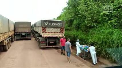 Ambulância com paciente fica presa em congestionamento no sudoeste do Pará