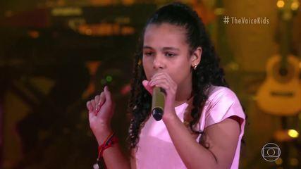 Mari Gonçalves sings 'Menina Solta'