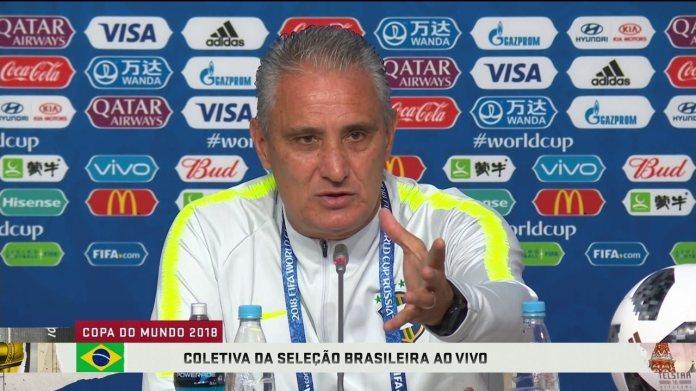 Tite nega que tenha cobrado Neymar por jogo mais coletivo: