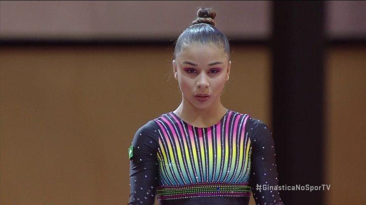 Flavinha Saraiva faz salto correto e termina o Mundial de Ginástica na 8ª posição geral