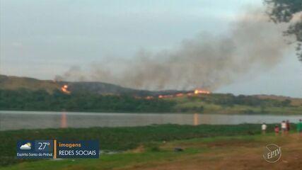 Incêndio atinge área no entorno da represa Salto de Grande, em Americana