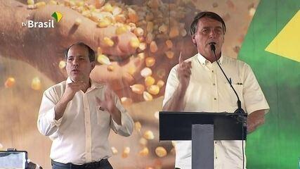 Voo de Bolsonaro a MT arremeteu porque `visibilidade não estava muito boa`