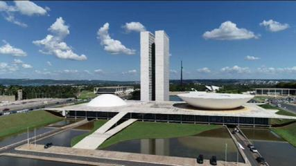 STF inicia julgamento de reeleição de prefeitos e Senado