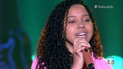 Isabelly Sampaio sings 'Avião'