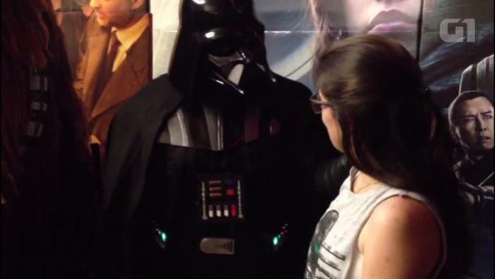 Estreia de 'Rogue One: A Star Wars Story' em cinema de Piracicaba tem pedido de casamento