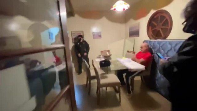 Queiroz é preso em SP