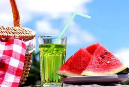 ______________________220373130 نصائح مهمة للحفاظ على صحتك في فصل الصيف Actualités