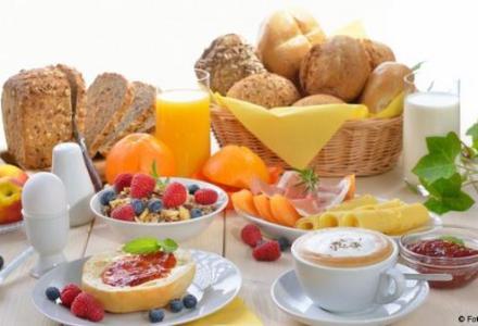 """17824456_303_476262652 لماذا يجب أن تتناول وجبة فطور """"ملكية""""؟ منتدى أنوال"""
