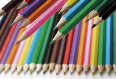5b59b723d43750585c8b45ec_301985107 خبراء يحذرون: أقلام التلوين تسبب السرطان المزيد