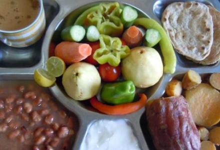 dejeuner_299920198 كيف تلبي احتياجات جسمك في الإفطار والسحور؟ منتدى أنوال