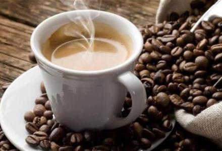 cafe-544g دراسة : الإكثار من شرب القهوة يقلل من خطر الإصابة بسرطان البروستاتا منتدى أنوال