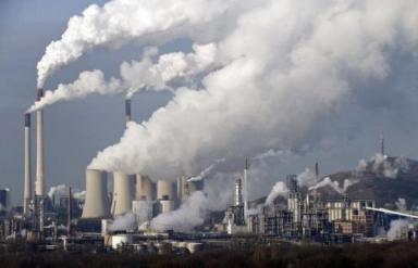 07TH_AIR_POLLUTION_886689f_526309837 تلوث الهواء يكلفنا ثلاث سنوات من أعمارنا Actualités