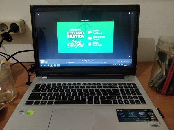 LAPTOP ASUS CORE I7 S550 CB 2ND GOOD CONDITION