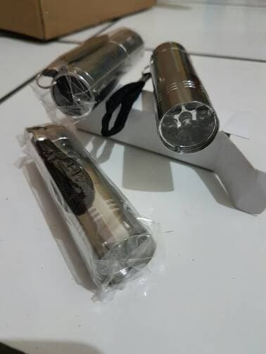 Ready Stock - Lampu Senter led kecil warna silver