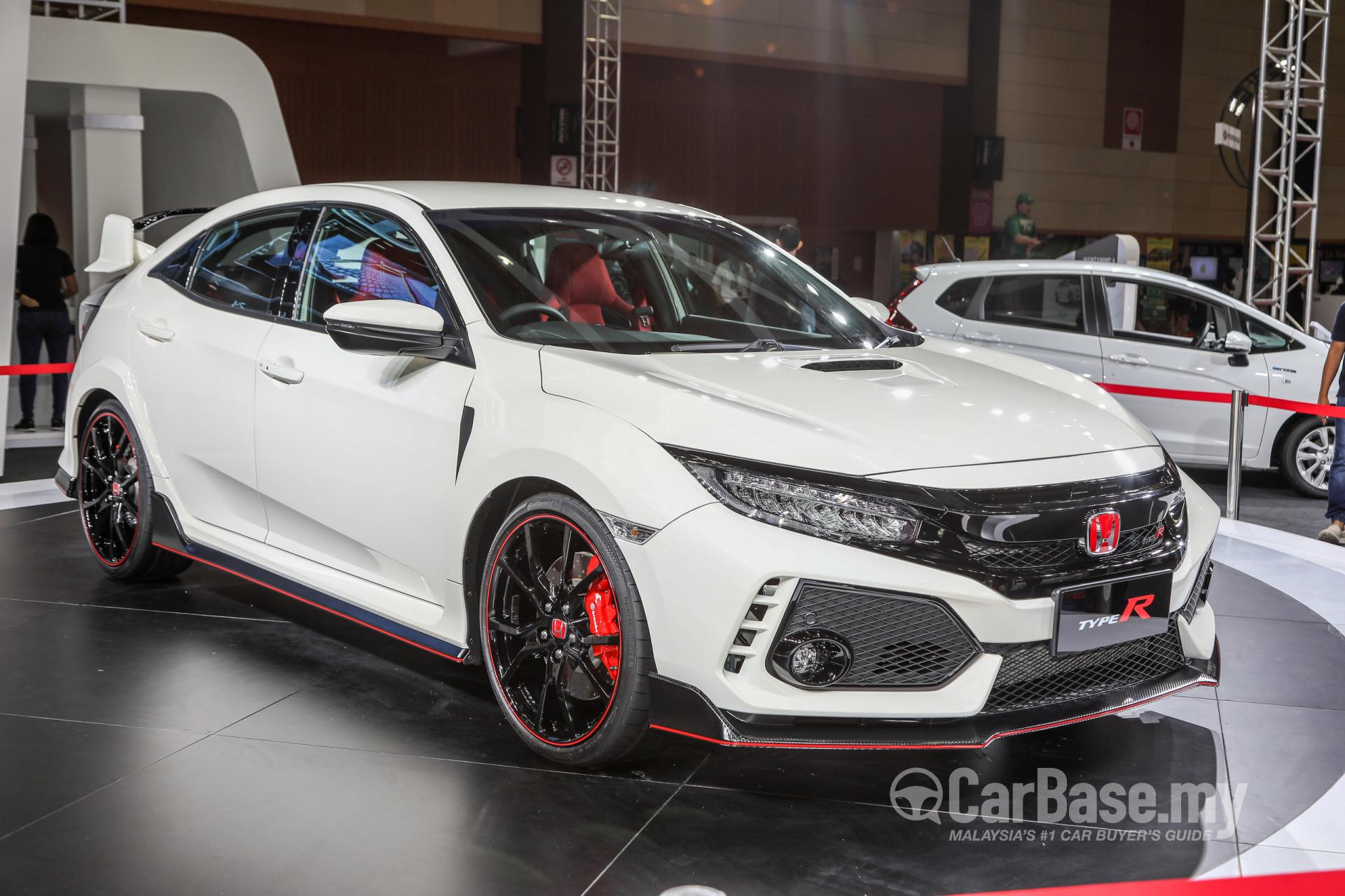 Honda Civic Type R FK8 2017 Exterior Image 42704 In