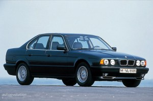 BMW 5 Series (E34) specs & photos  1988, 1989, 1990, 1991