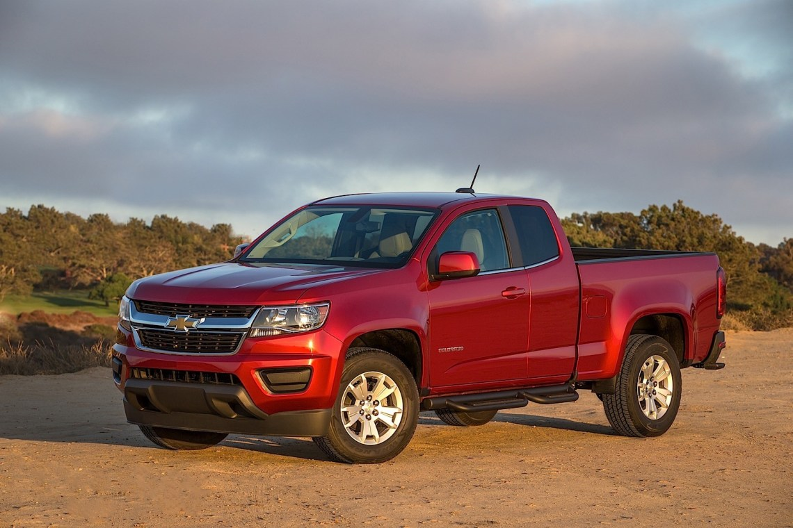2019 chevrolet colorado crew cab first drive price performance and review car auto trend. Black Bedroom Furniture Sets. Home Design Ideas