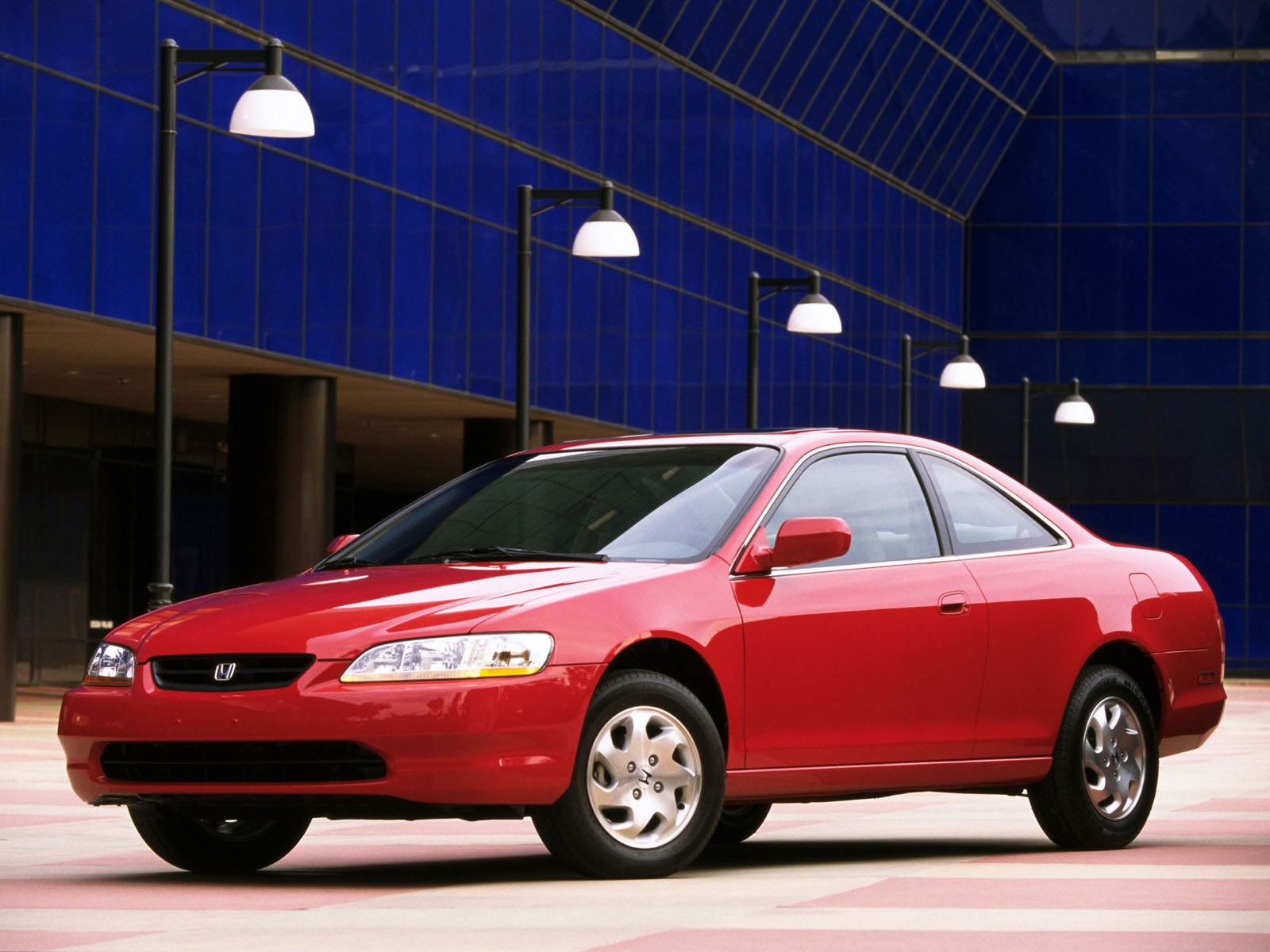 For years american hot hatch enthusiasts have been denied what is without a doubt one of the best of its ki. HONDA Accord Coupe specs & photos - 1998, 1999, 2000, 2001